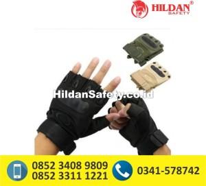 sarung tangan oakley half finger,sarung tangan oakley bandung,sarung tangan oakley surabaya